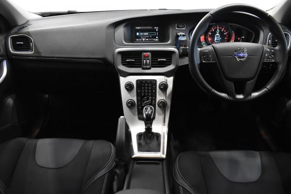 2014 Volvo V40 (No Series) MY14 T4 Kinetic Hatchback Image 5