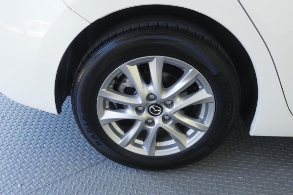 2014 Mazda 3 BM5278 Neo Sedan Image 5