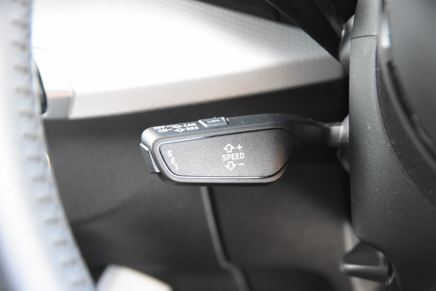 2017 Audi Q2 GA MY17 design Suv Image 13