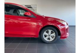 2013 Mazda 3 BL10F2  Neo Sedan Image 3
