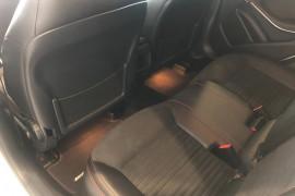 2013 Mercedes-Benz A-class W176 A180 Hatchback Image 5