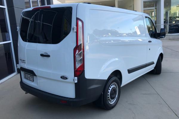 2016 MY17 Ford Transit Custom VN 290S Van Mobile Image 3