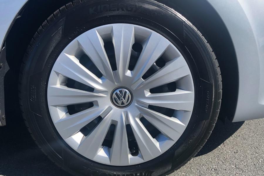2015 Volkswagen Polo Image 2