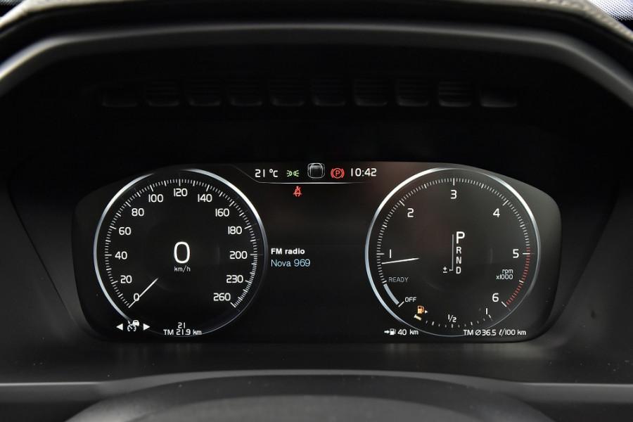 2018 MY19 Volvo XC90 L Series D5 R-Design Suv Mobile Image 16