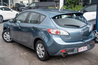 2010 Mazda 3 BL10F1 Neo Hatchback Image 2