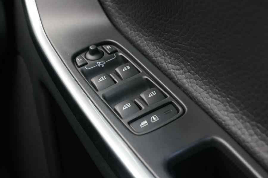 2013 Volvo XC60 DZ MY13 D5 Suv Image 19