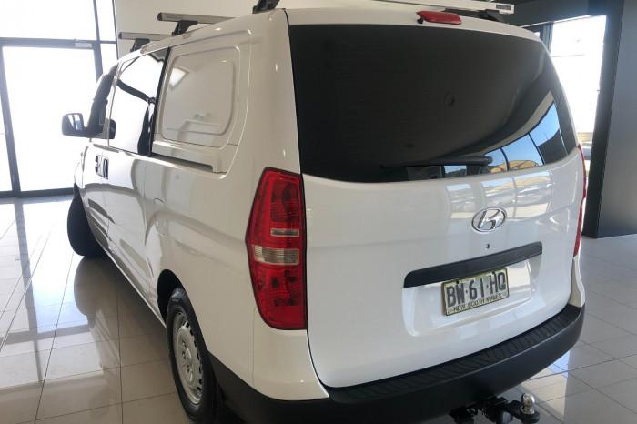 2013 Hyundai Iload TQ2-V MY13 Van Image 8