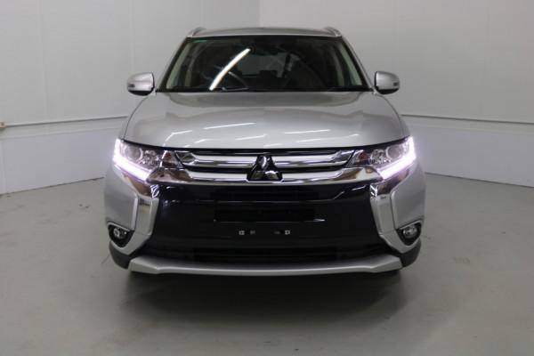 2018 MY18.5 Mitsubishi Outlander ZL LS Suv Image 2