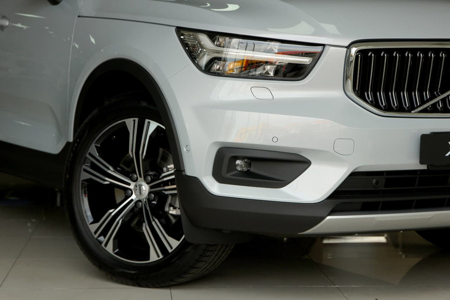 2019 MY20 Volvo Xc40 (No Series) MY20 T4 Inscription Suv Mobile Image 19