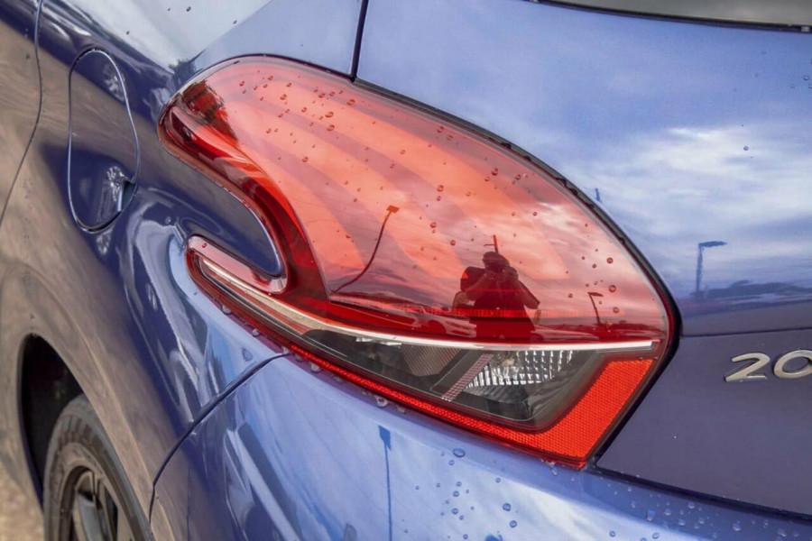 2015 MY16 Peugeot 208 MY16 Active Hatchback Image 18
