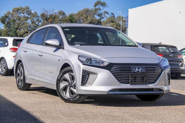2019 Hyundai IONIQ AE.2 Hybrid Premium Fastback
