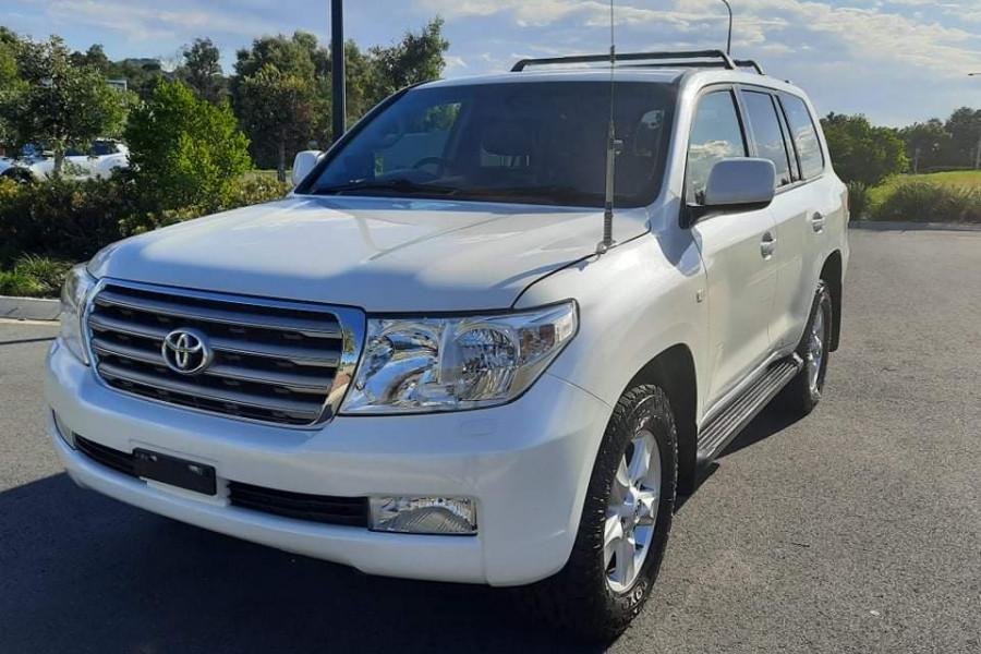 2009 Toyota Landcruiser Sahara Image 3