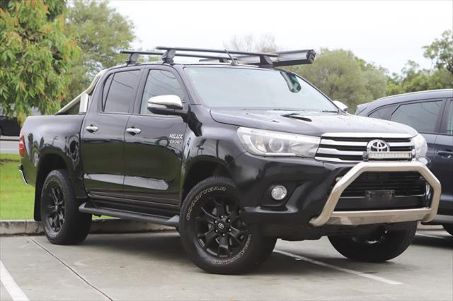 2015 Toyota HiLux GUN126R SR5 Utility Image 1