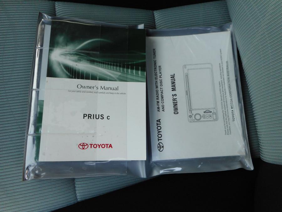 2013 MY12 Toyota Prius Image 22