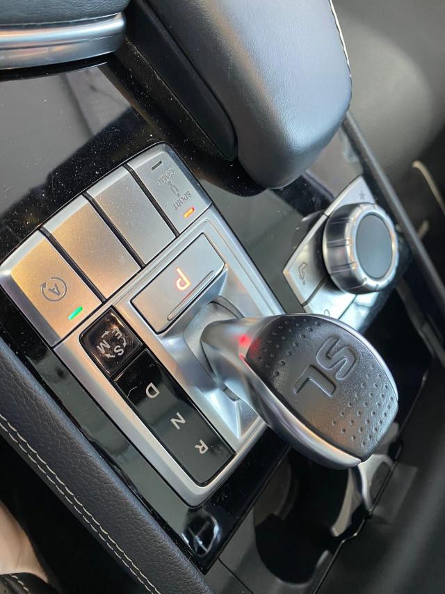 2015 Mercedes-Benz Sl-class R231 SL500 Roadster Image 19