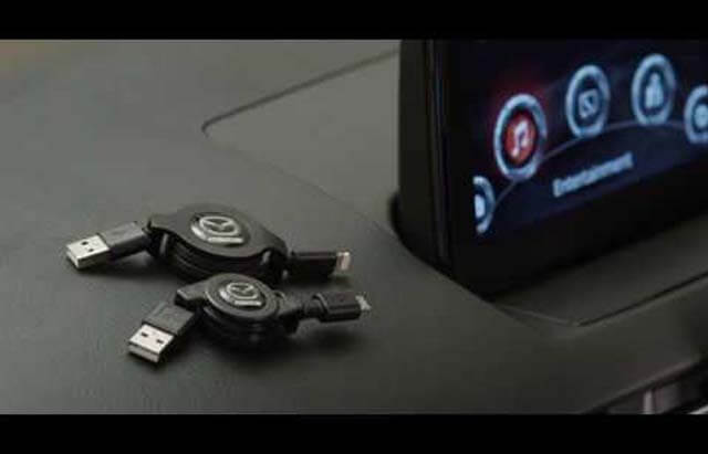 "<img src=""Audio retractable micro USB cable"