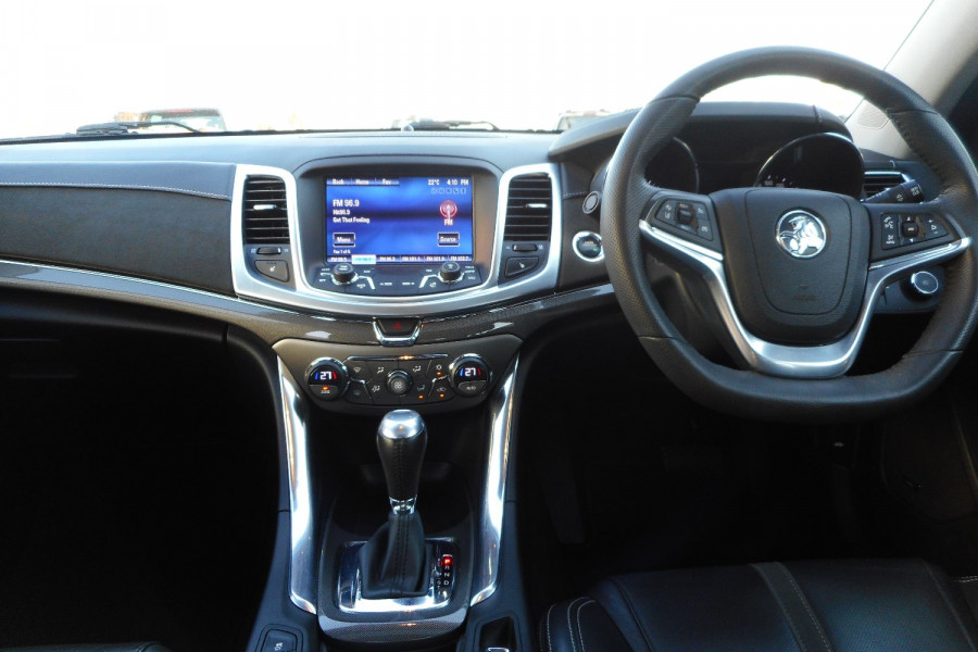 2017 Holden Calais VF II  Sedan Image 14