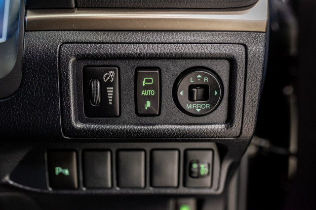 2016 Lexus Ct Hatchback Image 40