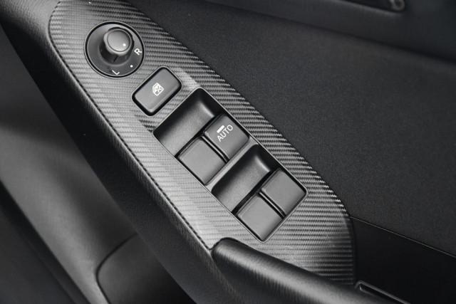 2014 Mazda 3 BM5478 Neo Hatch Image 18