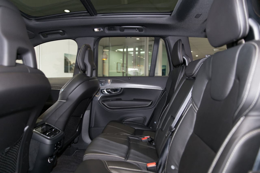 2020 Volvo XC90 L Series D5 R-Design Suv Image 6
