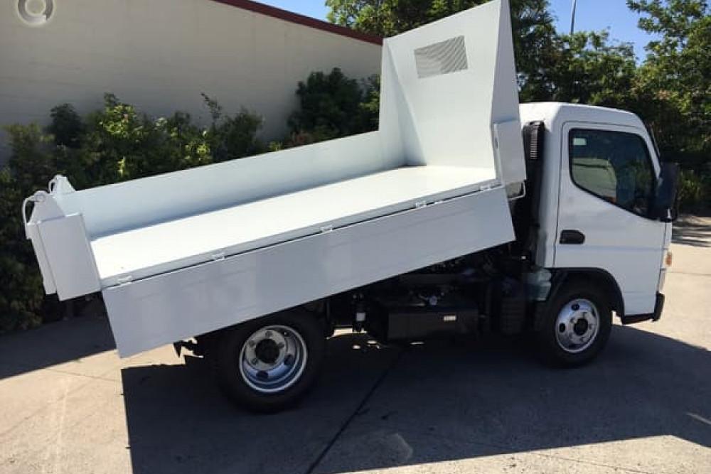 2017 Fuso Tipper 515 Truck