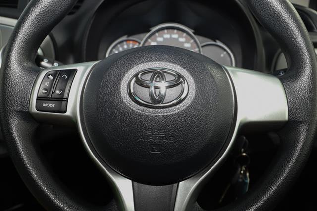 2014 Toyota Yaris NCP130R YR Hatchback Image 16