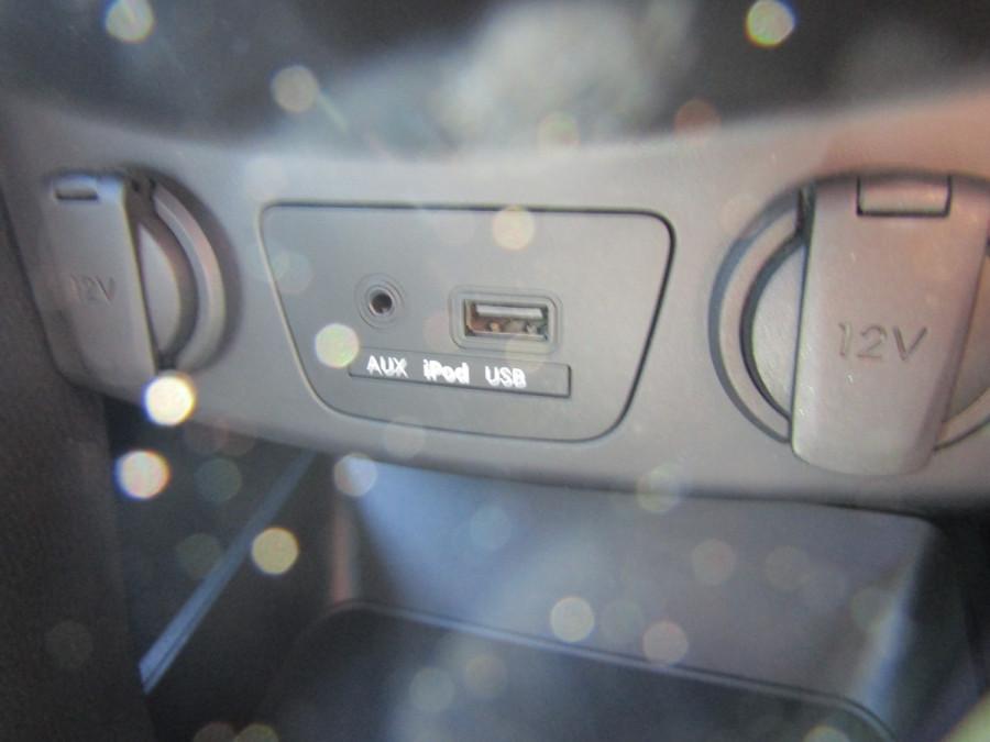 2013 MY14 Hyundai i30 GD2 Premium Hatchback Image 21