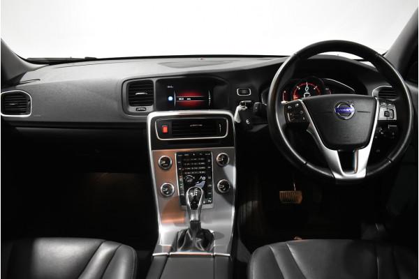 2016 Volvo V60 (No Series) MY17 D4 Luxury Wagon Image 5