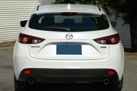 2014 Mazda 3 BM5438 SP25 Hatchback image 3