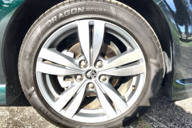 2014 Holden Commodore VF MY14 SV6 Wagon Image 2