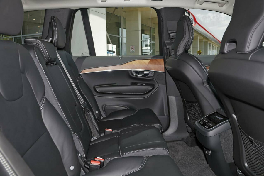 2019 Volvo XC90 L Series D5 Inscription Suv Mobile Image 15