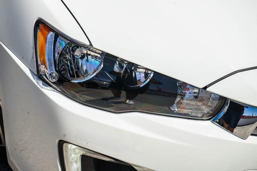 2017 Mitsubishi Lancer CF ES Sedan