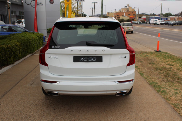 2019 Volvo XC90 L Series D5 Inscription Suv Image 4