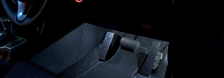 "<img src=""Interior Front Footwell LED Lighting"