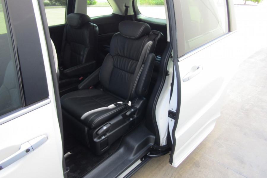 2015 MY16 Honda Odyssey 5th Gen VTi-L Wagon Image 12