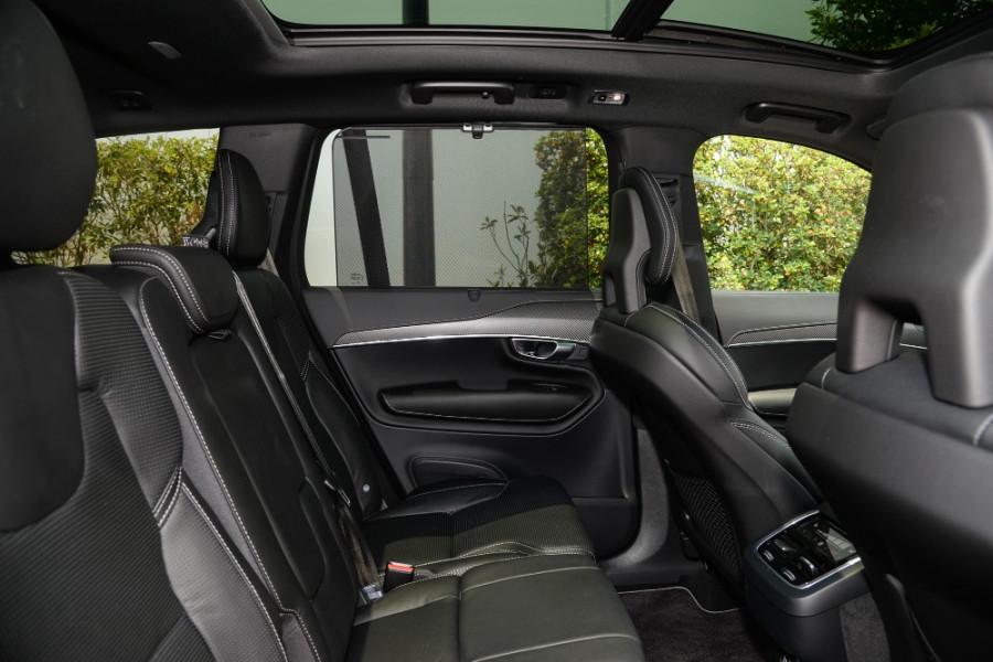 2019 MY20 Volvo XC90 L Series T6 R-Design Suv Mobile Image 9
