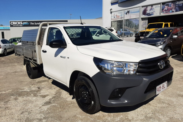 2017 Toyota HiLux Cab chassis