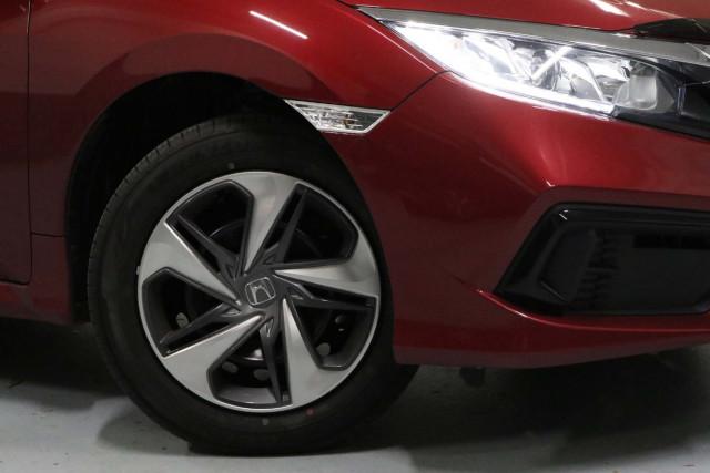 2020 Honda Civic 10th Gen VTi Sedan Image 4
