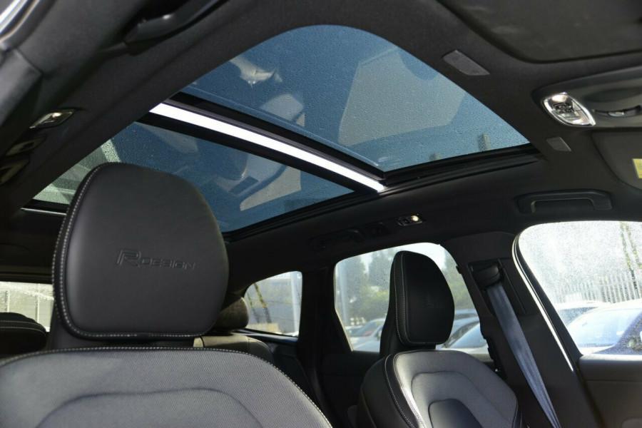 2019 MY20 Volvo XC60 UZ T6 R-Design Suv Image 15