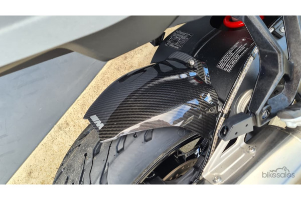 2020 BMW S 1000 XR S Carbon Sport Motorcycle Image 2