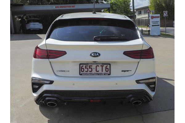 2019 Kia Cerato BD GT Hatchback Image 2