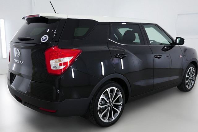 2019 SsangYong Tivoli XLV Ultimate 2 of 26