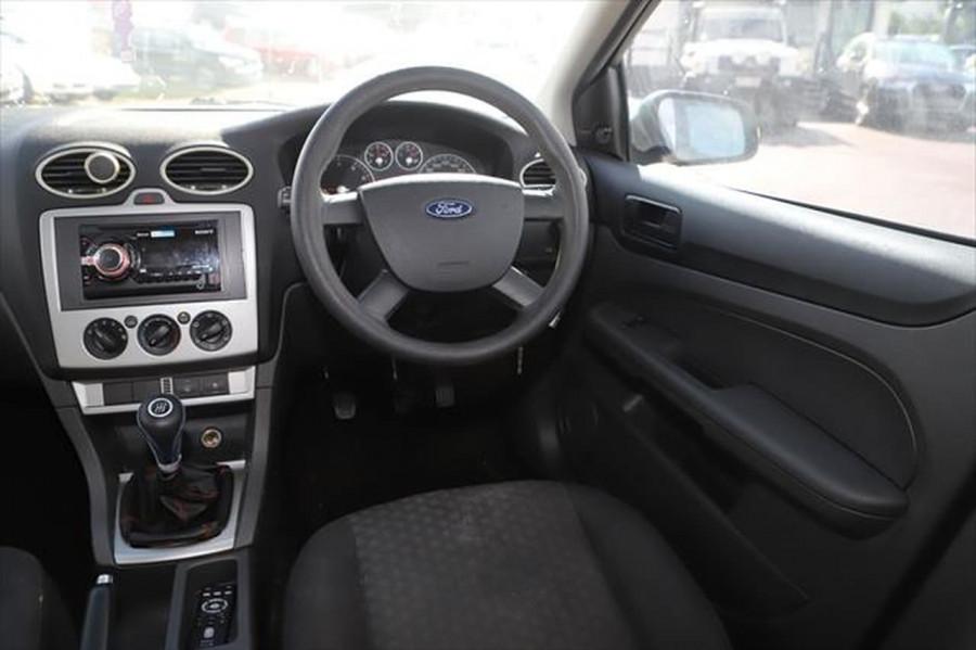 2007 Ford Focus LT CL Sedan Image 11