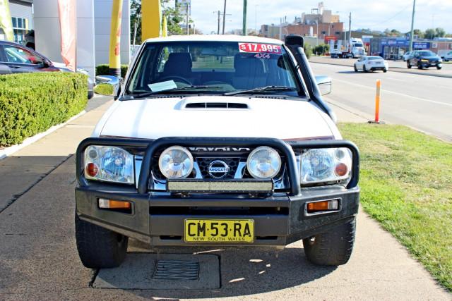 2015 Nissan Navara D22 S5 ST-R Utility - dual cab Image 3