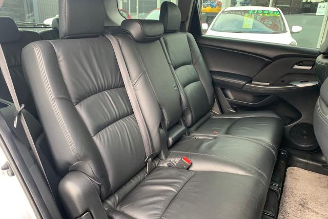 2011 Honda Odyssey Luxury 8 of 34