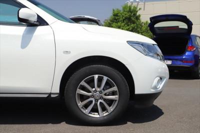 2015 Nissan Pathfinder R52 MY15 ST Suv Image 5