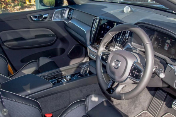 2020 MY21 Volvo XC60 UZ Recharge Suv Image 5