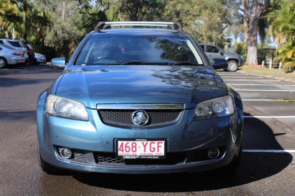2010 Holden Calais VE  V Wagon Image 3