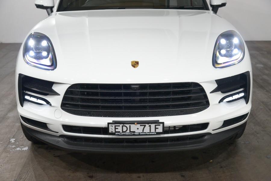 2019 Porsche Macan Macan