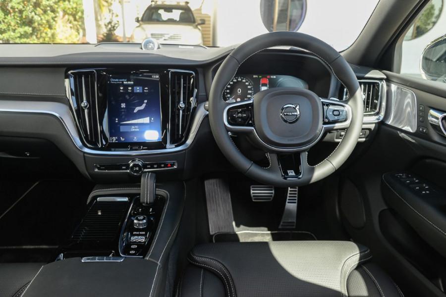 2019 MY20 Volvo S60 Z Series T8 R-Design Sedan Mobile Image 7